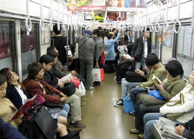 Cách mua vé tháng tàu điện ngầm tại Hàn Quốc